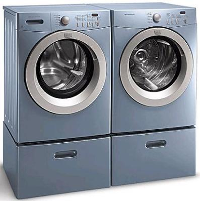 Fridgidaire Affinity line Washer and Dryer in Glacier Blue